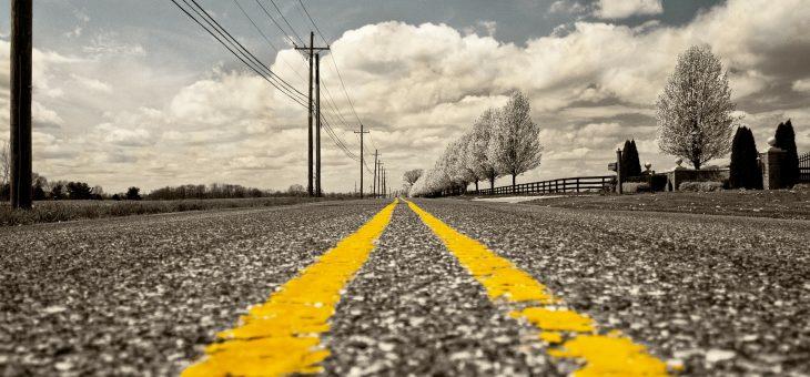 Las carreteras eléctricas permitirán recargar coches eléctricos sin tener que parar