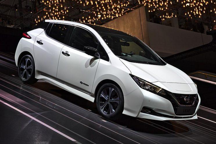 Nissan Leaf blanco